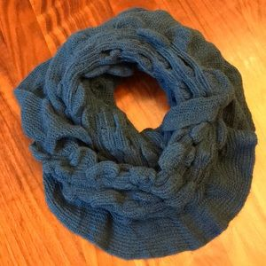 Accessories - Soft and stretchy knit teal infinity scarf